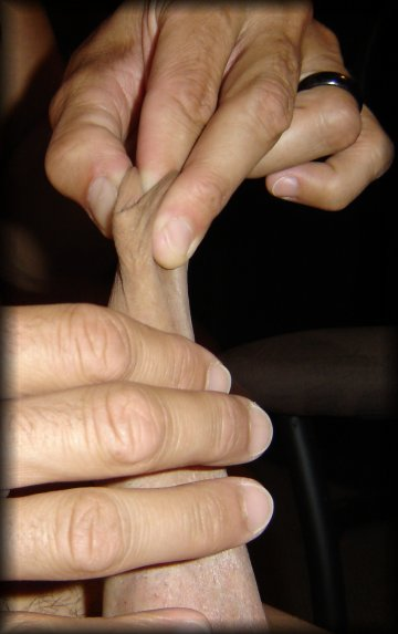 manual foreskin stretch
